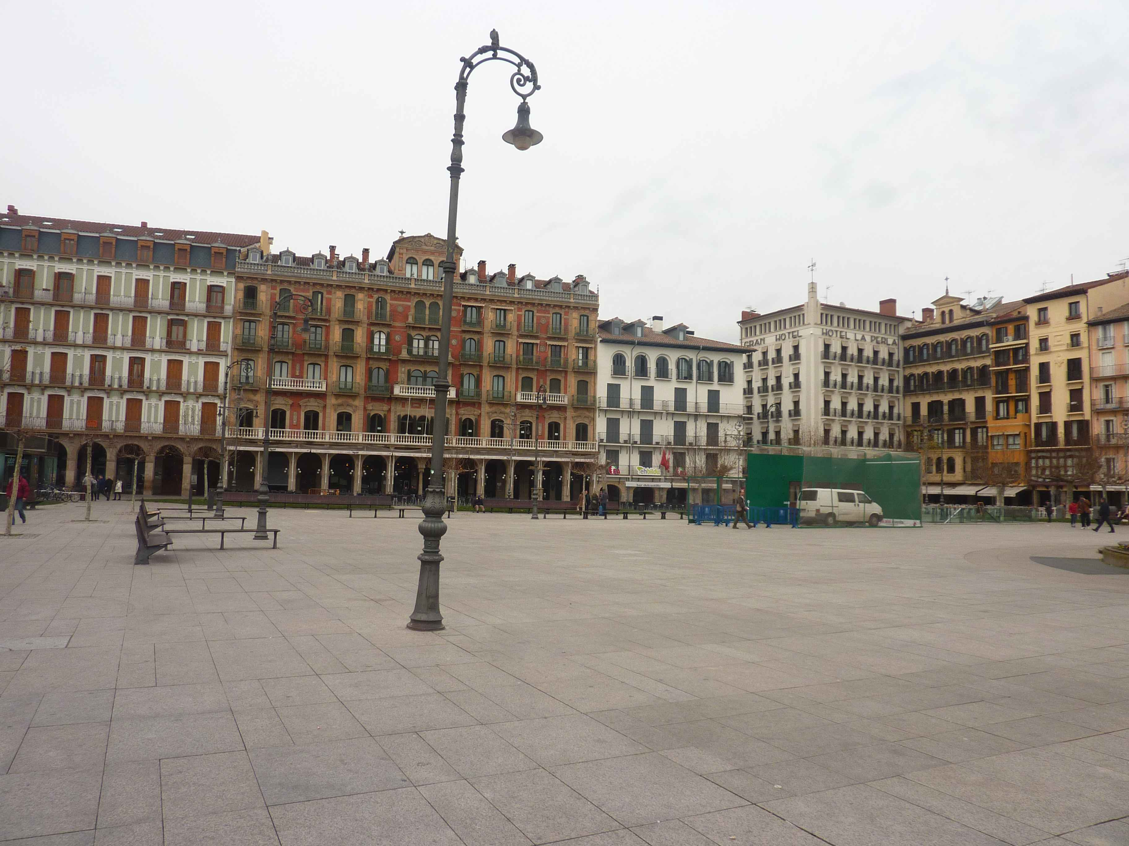 place-pampelune.jpg