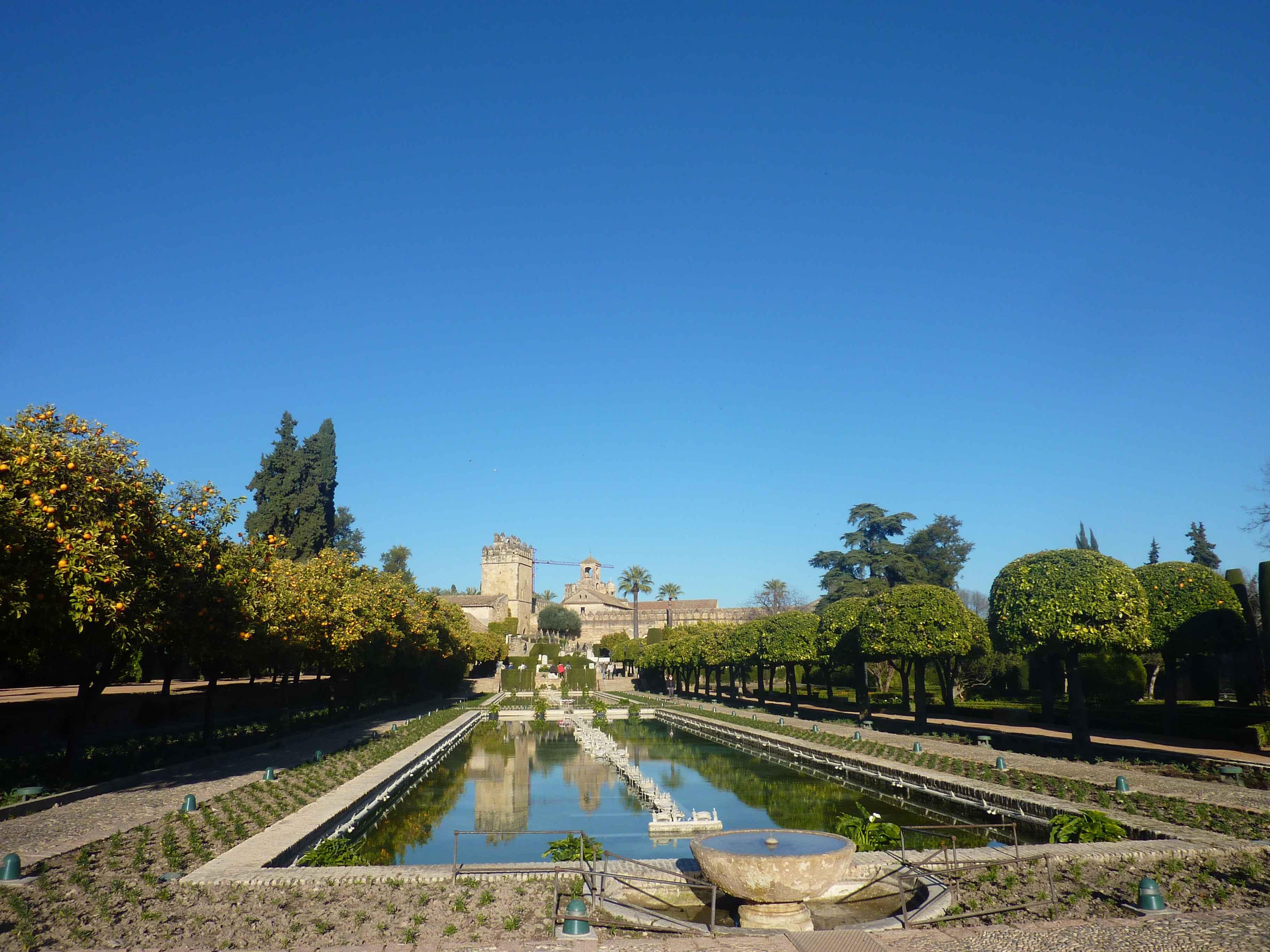 Visite de cordoue en images de la mezquita l 39 alcazar et au pont romain - Les jardins de l oyat mimizan ...