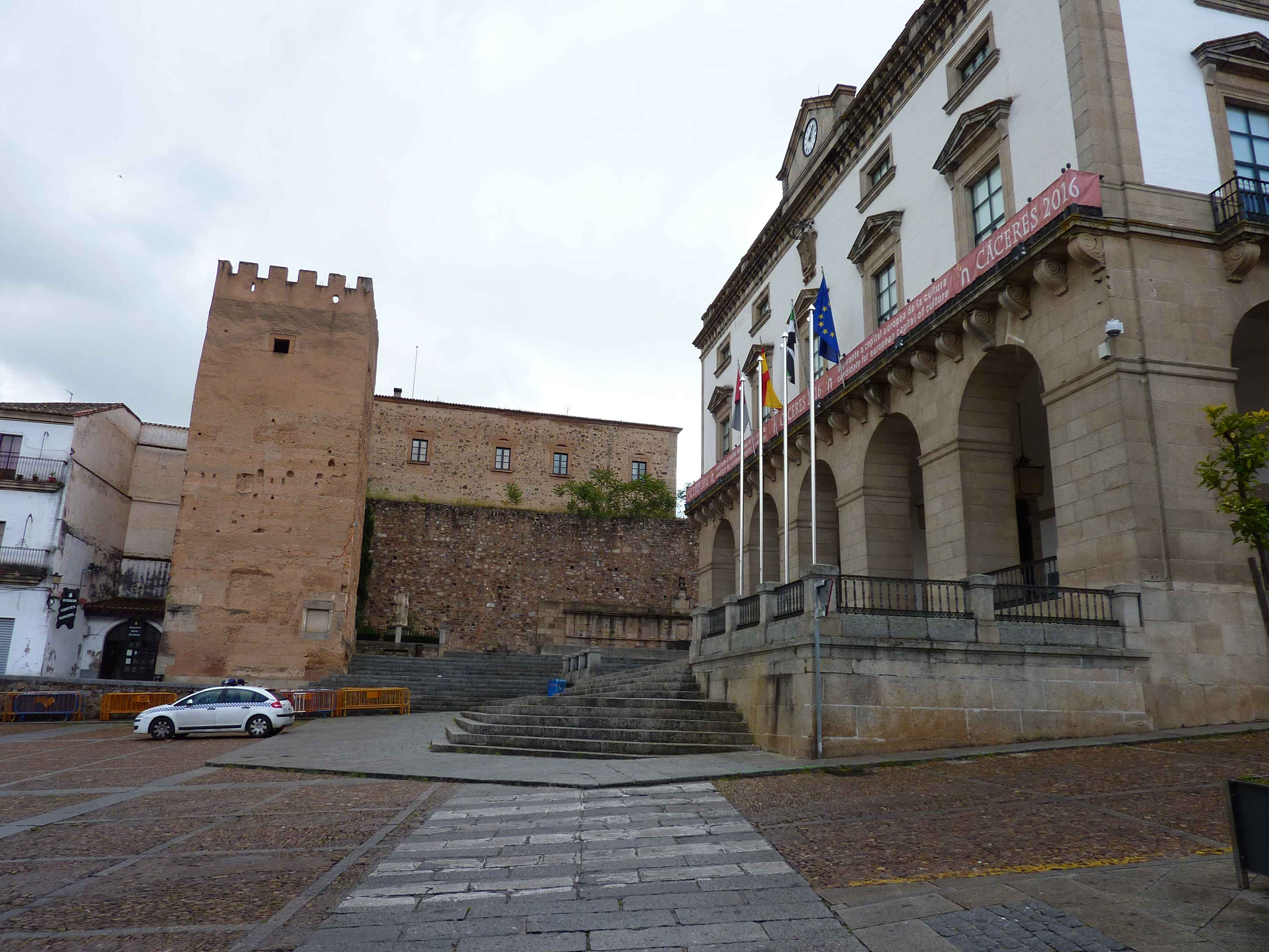 Rempart Fortification De Caceres en Images
